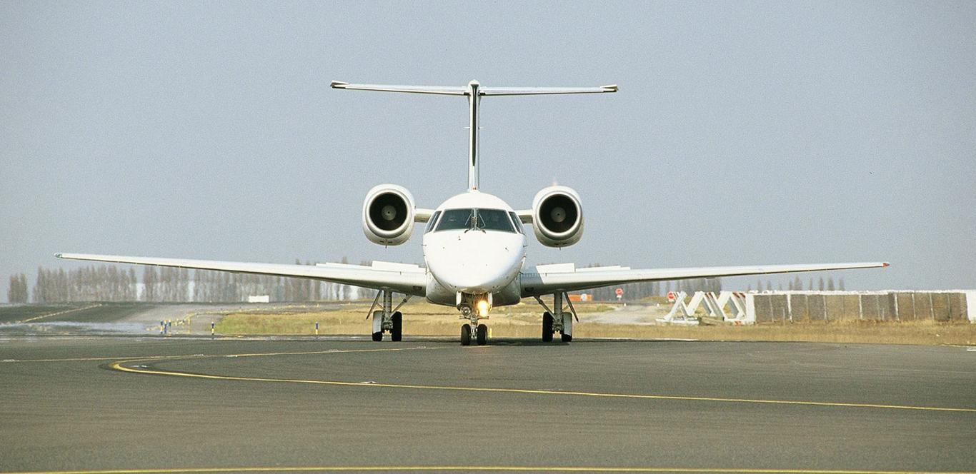 ERJ-135